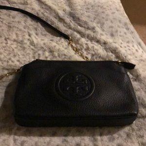 Black crossbody Tory Burch bag